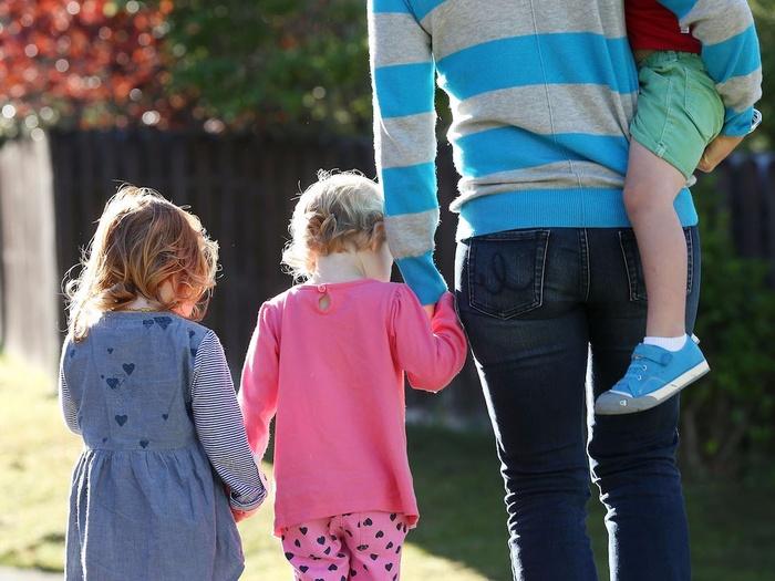 2-they-teach-their-kids-social-skills_jpg_700x525_q95